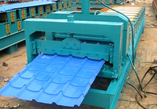 840型琉璃瓦压瓦机
