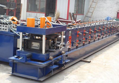 液压驱动C型钢机
