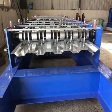 700高强钢汽车车厢板设备