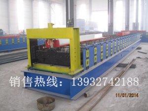 688型楼承板机械