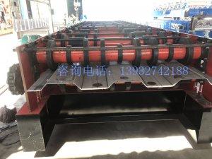 6个厚铁板压型机