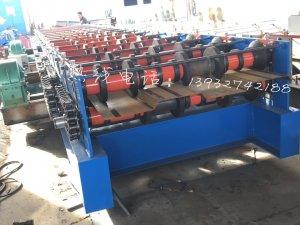 6个厚水槽压板机